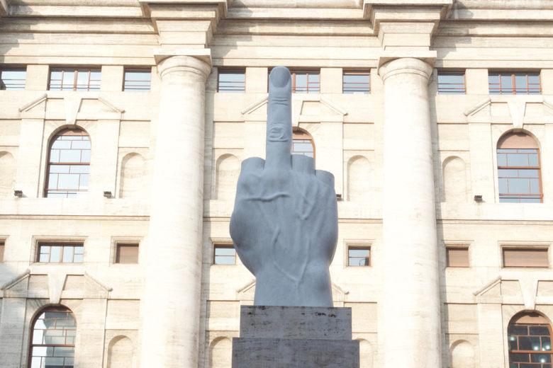 Photo of LOVE of de uitgestoken middelvinger (Milaan)