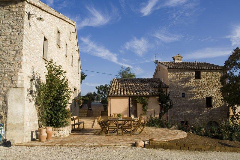 Photo of Borgo Belfiore, 13 unieke appartementen in het hart van Le Marche