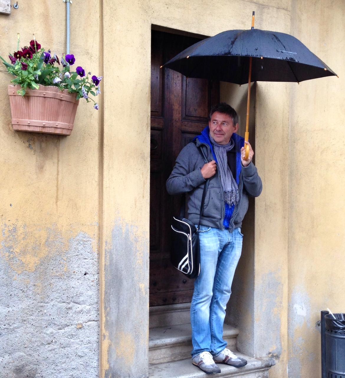 """Photo of Rudi Vranckx en zijn boerderijtje in Todi : """"Hier kom ik tot rust"""""""