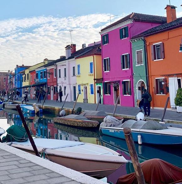 Photo of Burano, kleurrijk eiland op amper half uurtje van Venetië !